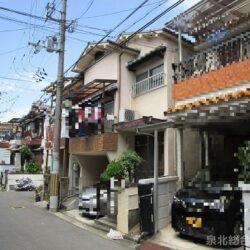 堺市中区土師町5丁戸建  ガレージ付き5DKの間取りです