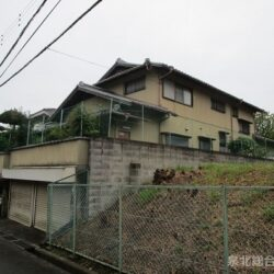 堺市南区高倉台1丁 住友林業施工の6LDK+納戸のお家です 敷地面積も112.49坪付きです シャッター付きガレージは2台駐車可能です